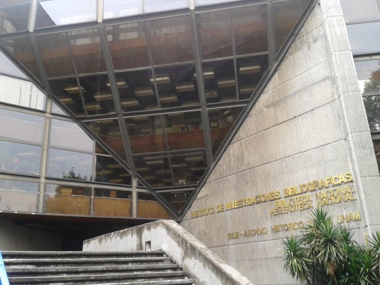 Main entrance to Biblioteca Nacional, Instituto de Investigaciones Bibliográficas, UNAM, México